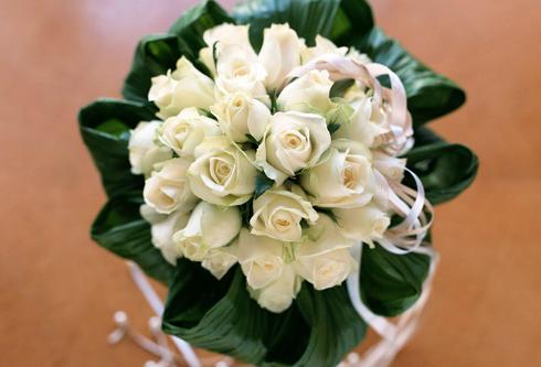 东方智启科技APP开发-鲜花赠美人