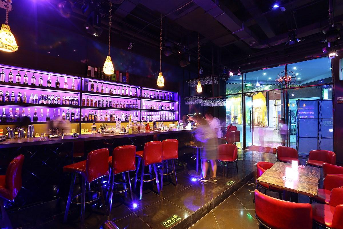 东方智启科技APP开发-酒吧调音APP开发 移动推广新渠道